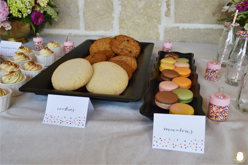 cookies and macarons