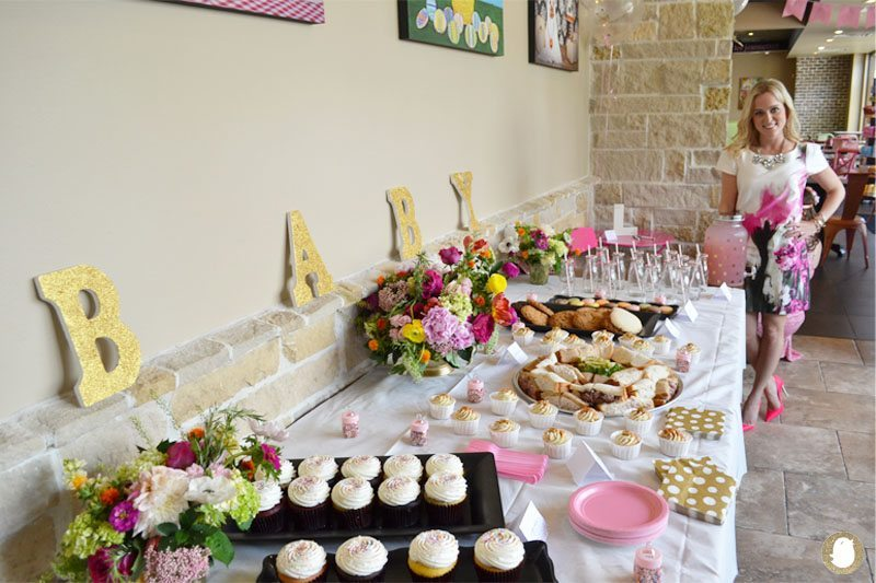 baby shower hostess