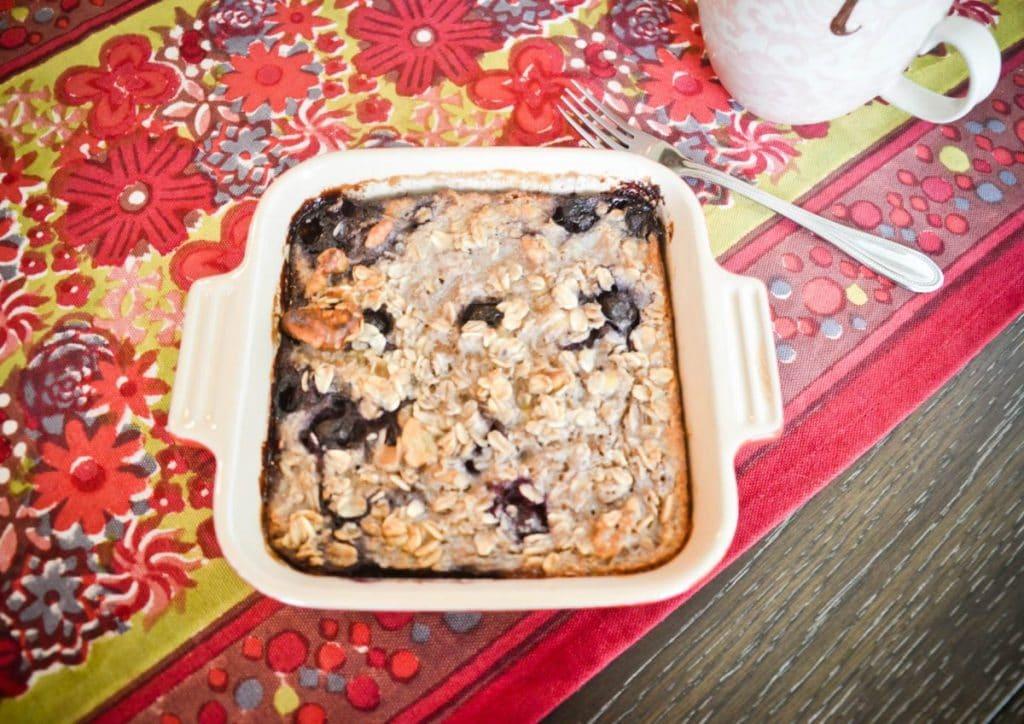 Easy Breakfasts Recipe: Blueberry Banana Baked Oatmeal | Baby Chick