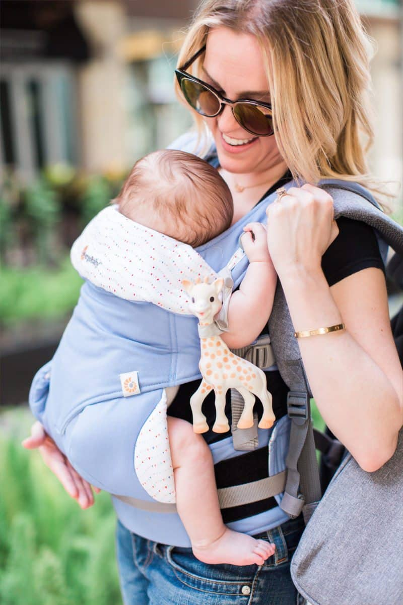 successful day with baby, babywearing, ergobaby, baby carrier, sophie the giraffe