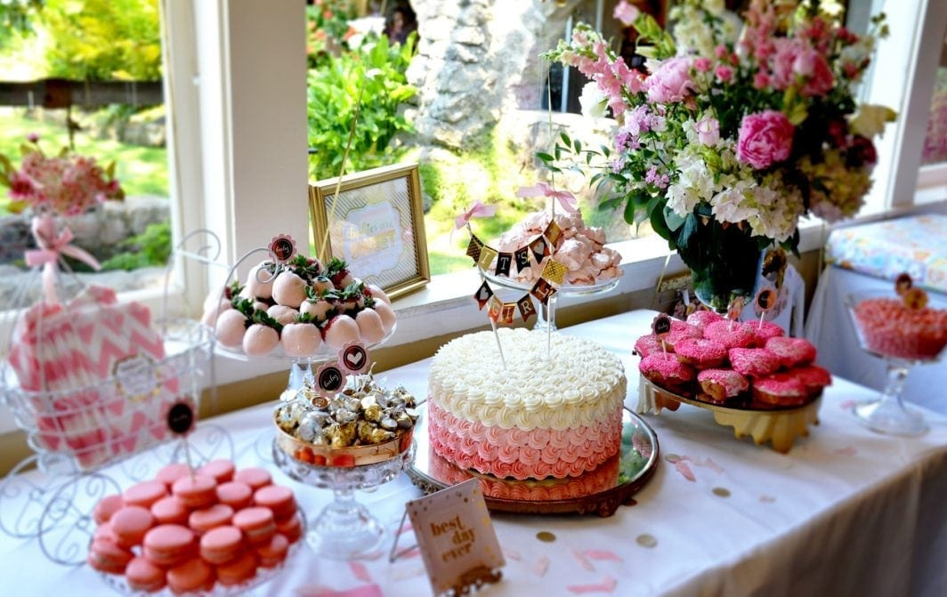 Checklist: How To Host The Perfect Baby Shower | Baby Chick