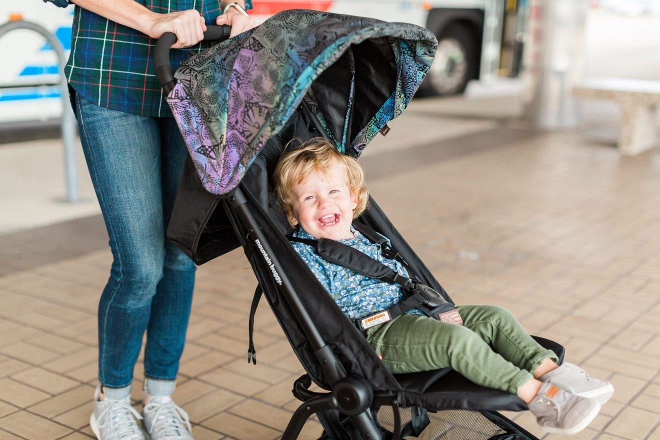 8 Tips for Traveling with Baby during the Holidays