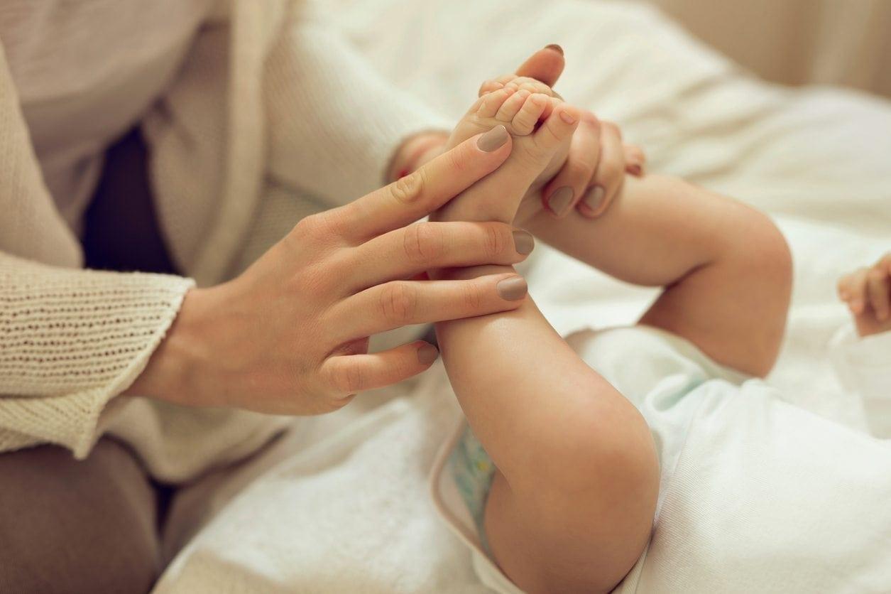 10 Benefits of Baby Massage