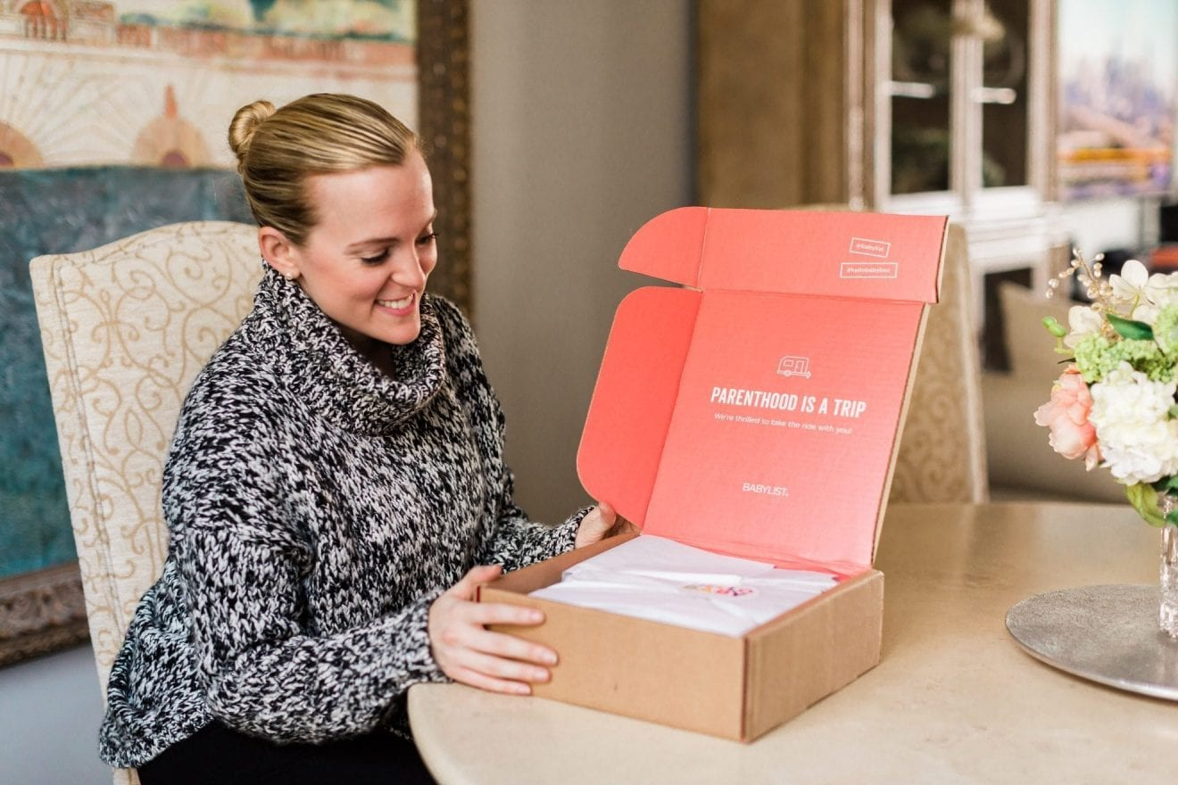 Receive a Hello Baby Box with your NEW Babylist Registry