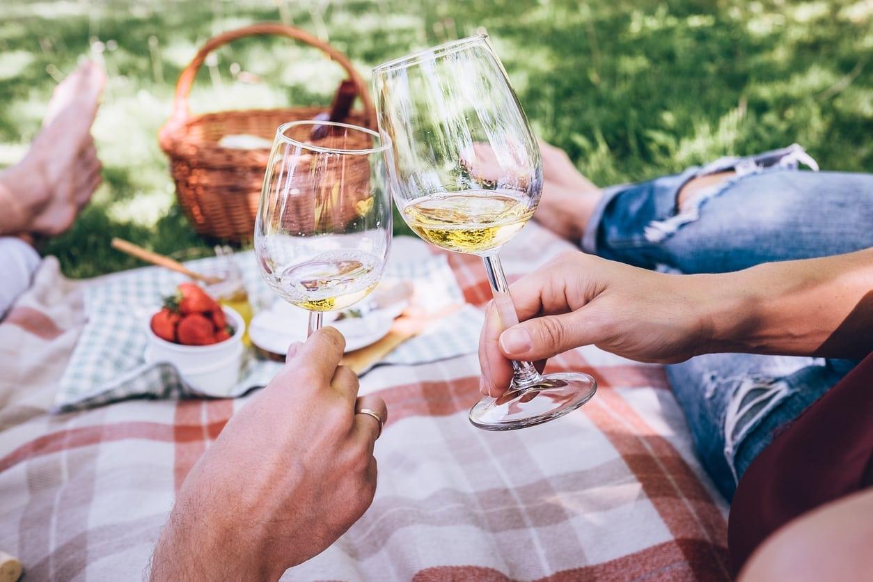 9 Summertime Date Night Ideas