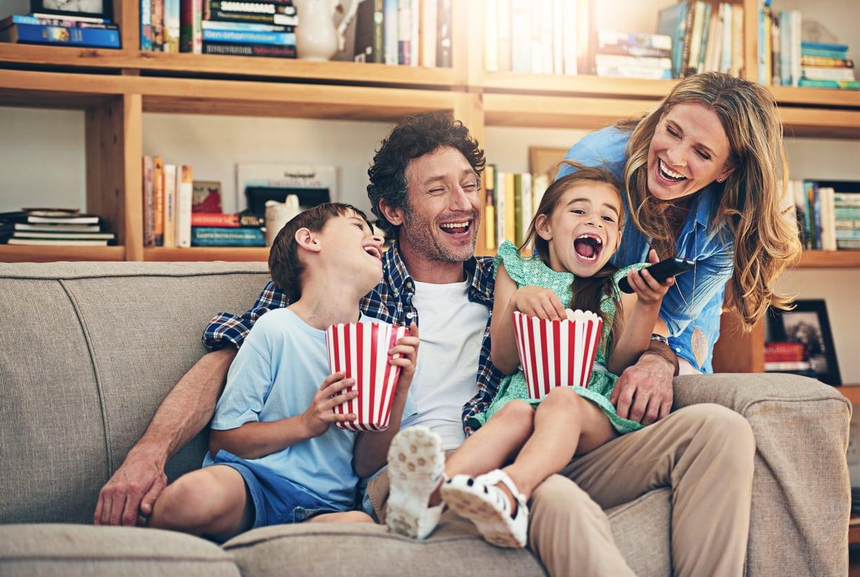 14 Ideas for Summer Family Movie Night