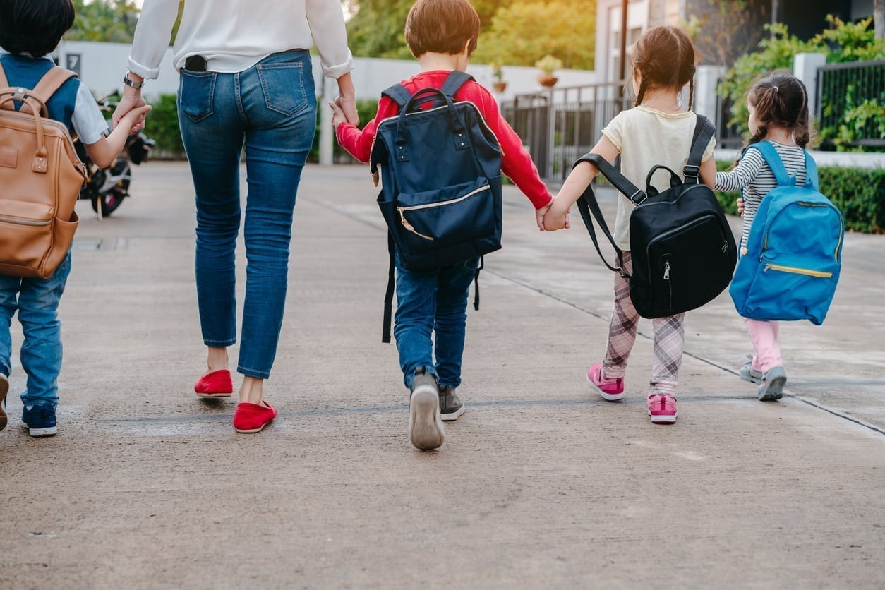 The Ultimate Back to School Checklist for Moms