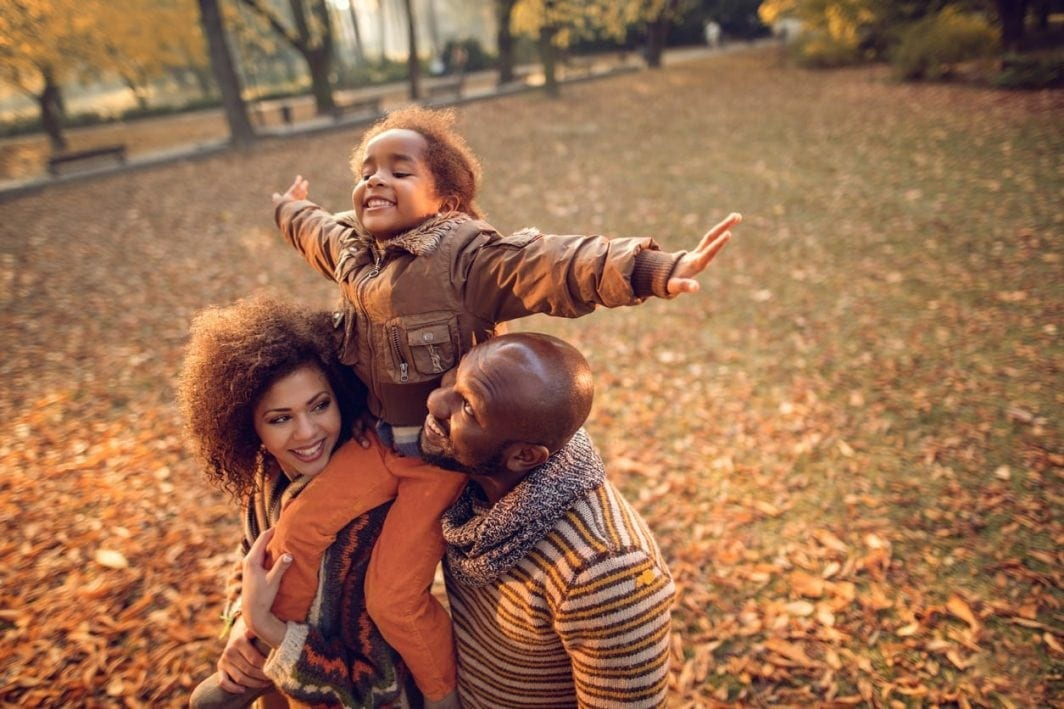 Perfect Fall Themed Family Photo Ideas Baby Chick