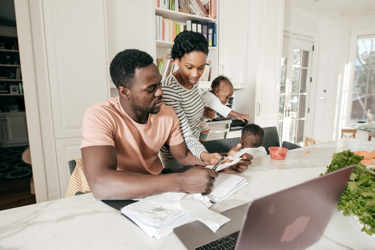 5 Habits to Help Grow Your Money with Young Children