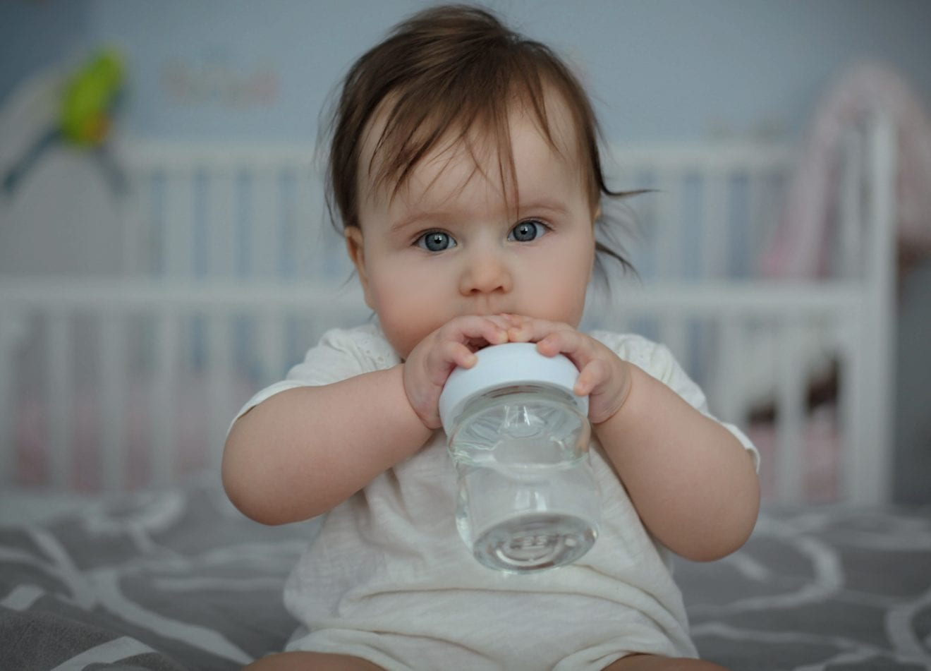 When Can You Give Your Baby Water? when can you start giving babies water, when can you start giving a baby water