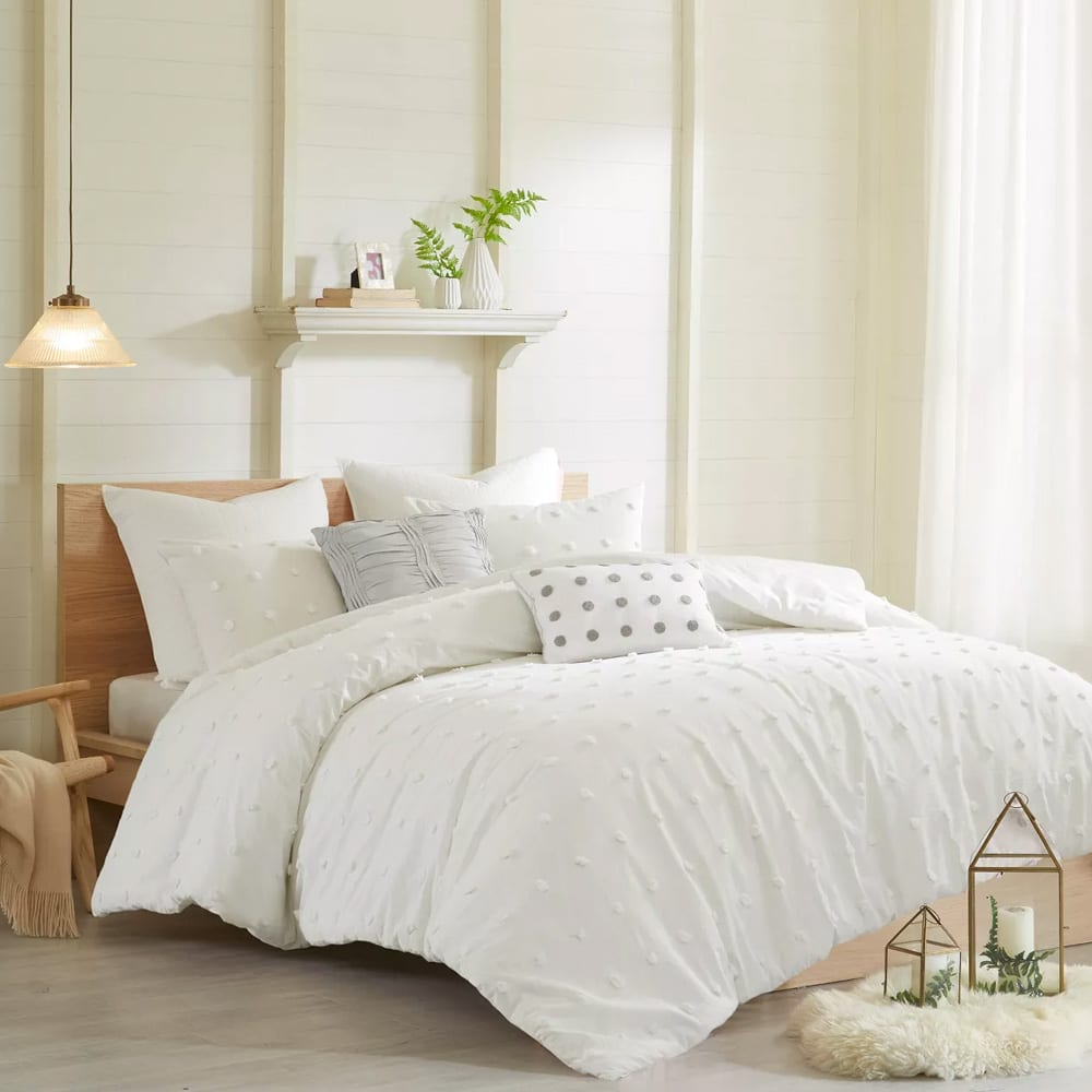 Kay Comforter Set