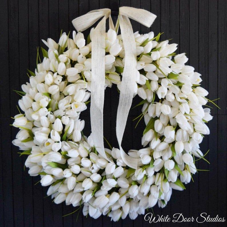 Creamy White Tulip Wreath
