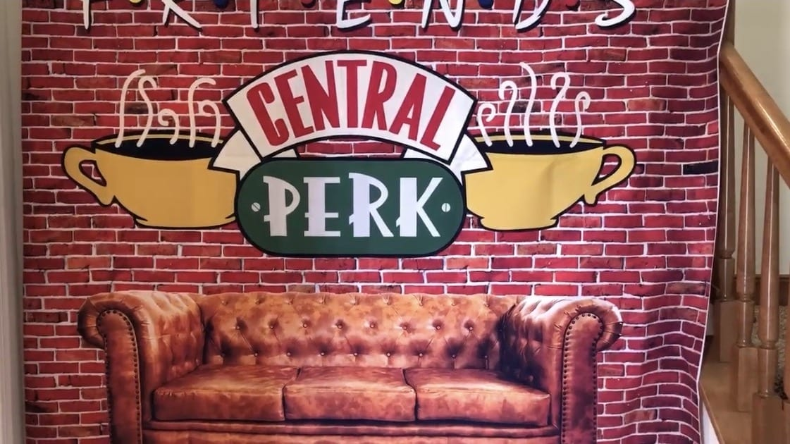 Central Perk backdrop for pictures