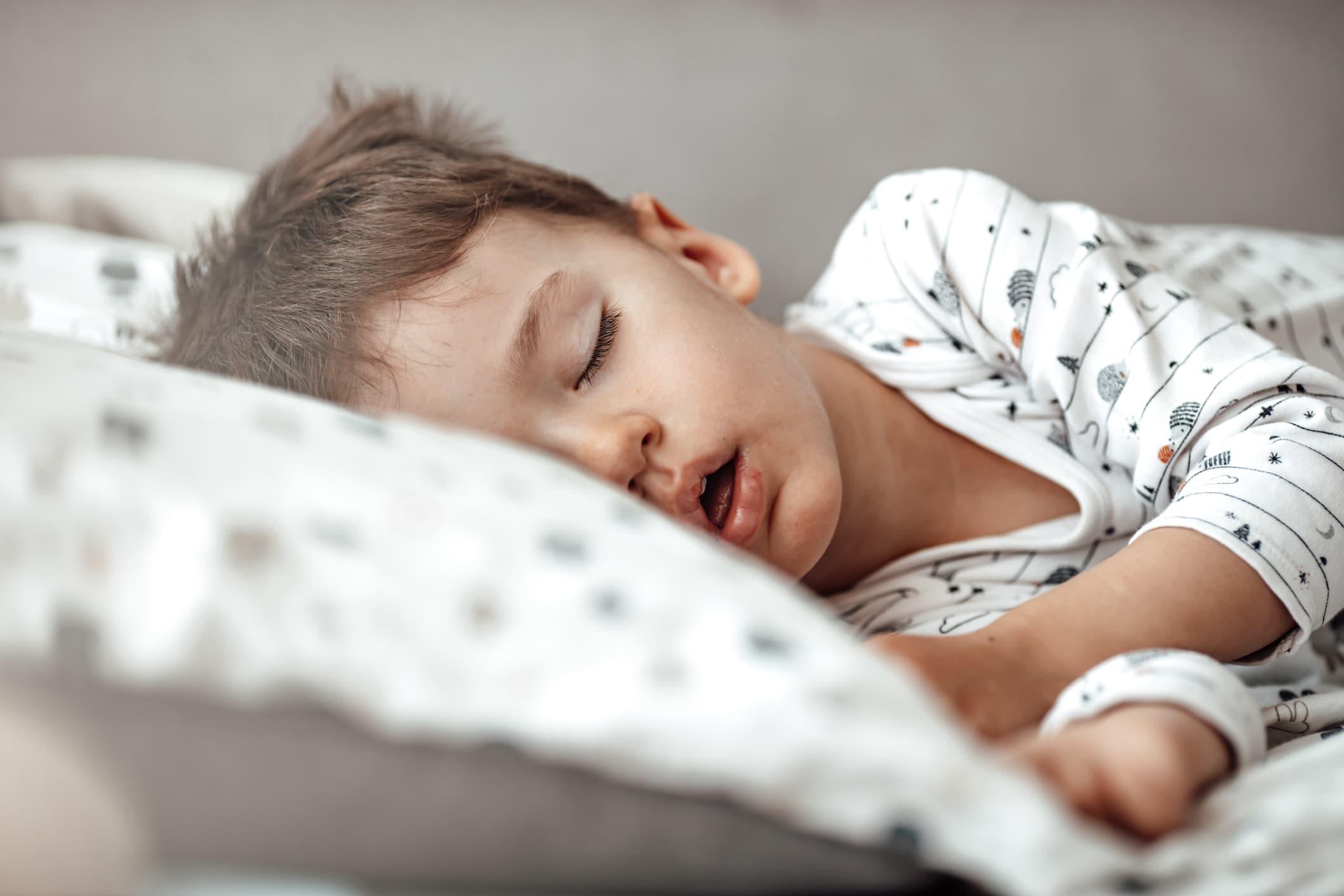 Tại sao Trẻ mới biết đi của tôi không ngủ?  Lời khuyên cho người mẹ mệt mỏi